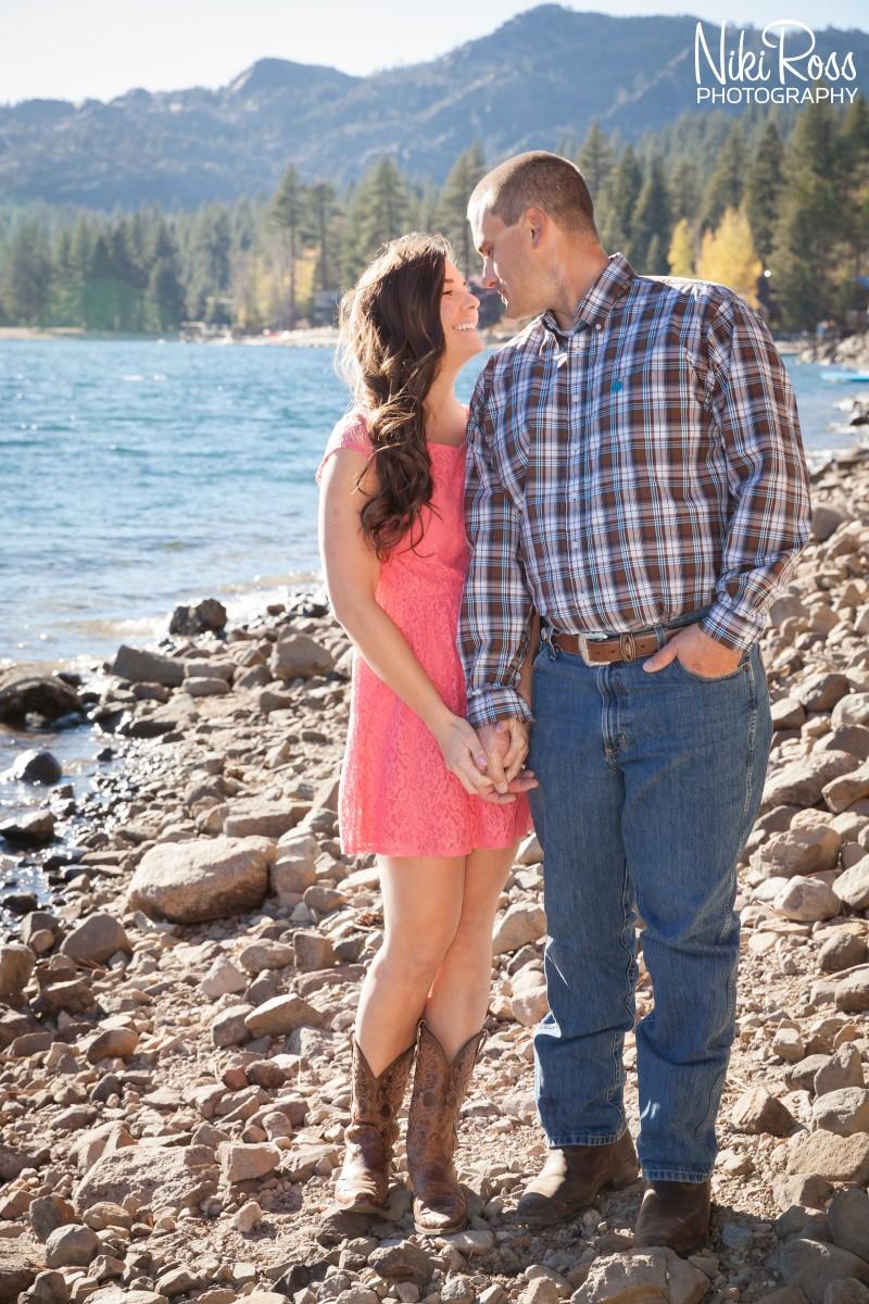 Truckee Engagement Photographer-18